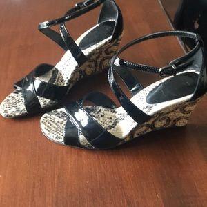 Snakeskin black strap high wedge heel sandals 8N